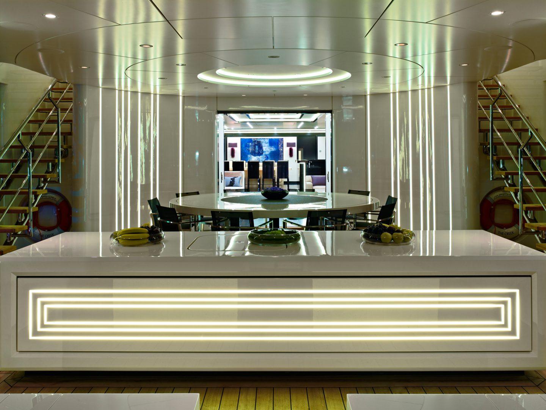 474-09-sapphire-main-deck_web